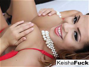 meaty breasted sweetheart Keisha Grey rails salami on the bed