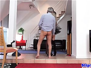 Glam eurobabe butt-fucked in fancy 3 way