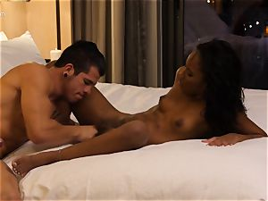 eating out black cutie Ashley rosy in motel room