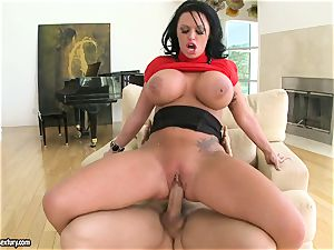 yam-sized breasted Kerry Louise bounces her twat on a phat knob