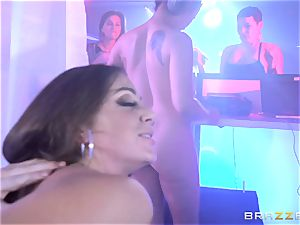 beaver pounded in the disco with Abigail Mac and Keisha Grey