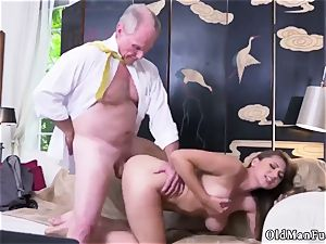 unexperienced dame stroking Ivy impresses with her immense mammories and caboose