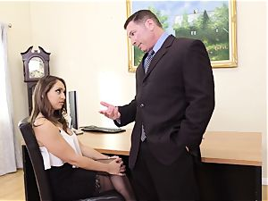 Naive college bombshell Sara Luvv Exploited By older dude