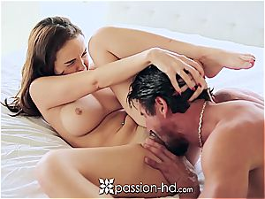 Passion-HD - Dillion Harper frigs her smooth-shaven cooter