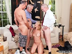 ginormous udders brunette first-timer fellatio Frannkie And The gang Tag crew A Door To Door Saleswoman