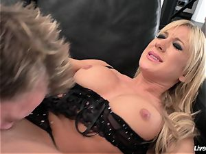 LiveGonzo Amy Brooke insatiable ass-fuck ash-blonde