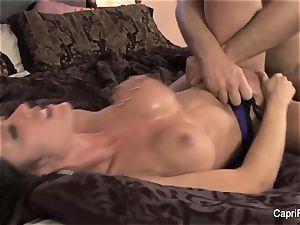 Capri Cavanni gets her puss pulverized