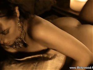 Exotic belly Dancing cougar