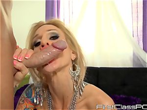 Sarah Jessie drools over long shaft