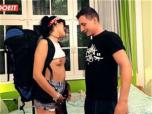 LETSDOEIT - insane Traveler pummels lucky German In Hostel