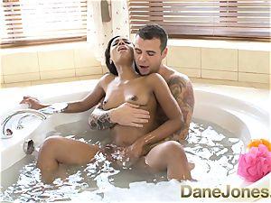 Dane Jones outstanding dt and super hot tub plumb