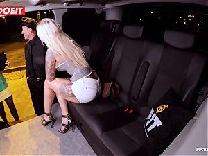 LETSDOEIT - lucky cab Driver Bones two super-hot Blondes
