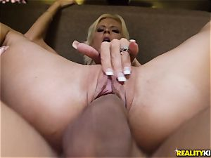 Olivia Blu picked up and screwed on the backseat