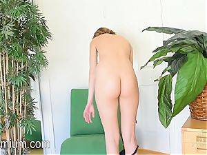 Molly Manson heads ass-up in the stool