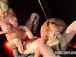 Pretty Puma gets with her friends to gobble sexy slit