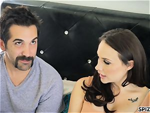 Spizoo - watch Chanel Preston blowing and pummeling