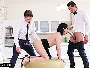 nymph Dee pounds the apartment service waiter and bf