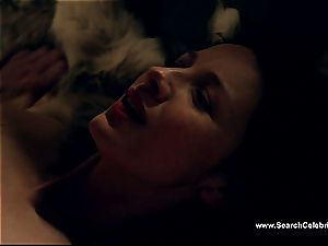Caitriona Balfe in sizzling fuck-a-thon scene from Outlander