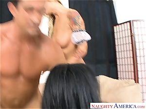 Brooke Banner and Ashli Orion having a hard-core 3 way