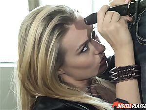 Natalia Starr ravages her prospective manager
