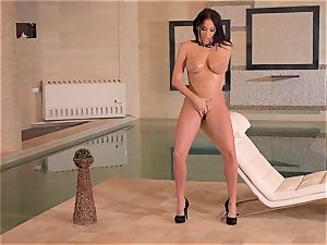 chesty French cougar thumbs Her moist slit