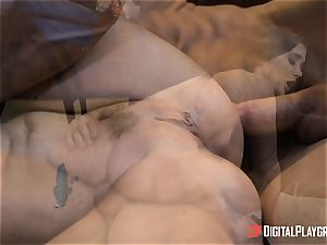 horny dark haired Gia Paige takes it deep up her muff