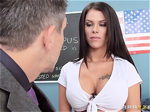 dirty schoolgirl Peta Jensen bangs the fortunate dean